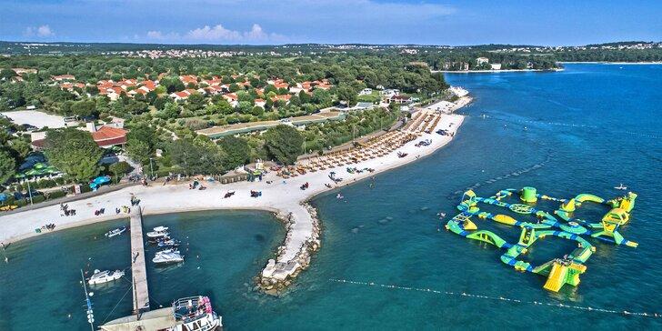 S rodinou do Chorvatska: vybavený mobilheim pro 6 os., pláž, bazény a spousta atrakcí