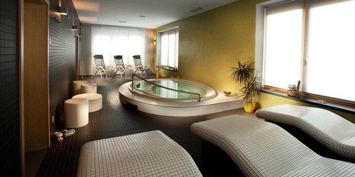 Dopřejte si relax: 60 min. v privátním wellness s velkou vířivkou pro 2–4 osoby