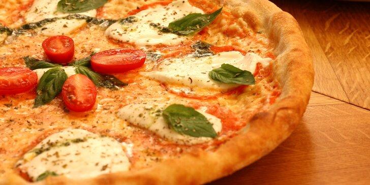 Pizza Margherita nebo 1 až 2 pizzy podle vlastního výběru z 8 druhů