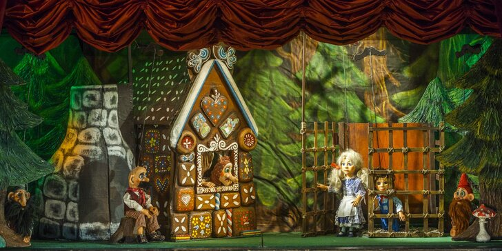 Divadlo Říše loutek a loutkové představení Perníková chaloupka