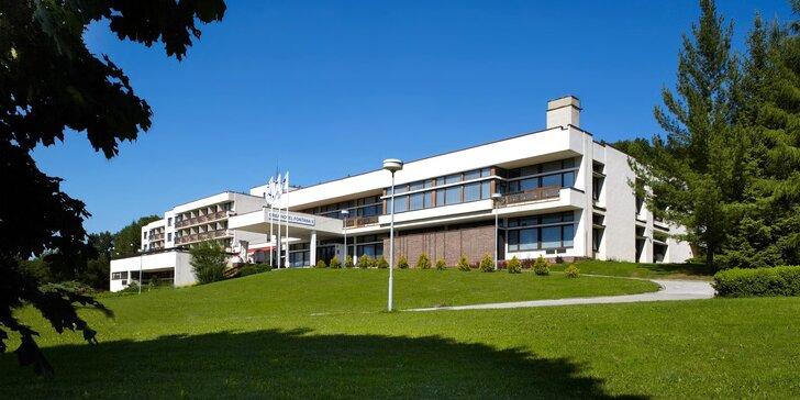 Relax v Luhačovicích: snídaně či polopenze, wellness procedury i bazén
