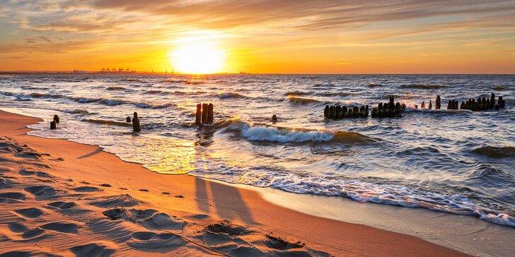 Pobřeží Baltského moře: doprava, ubytování s polopenzí a výlety