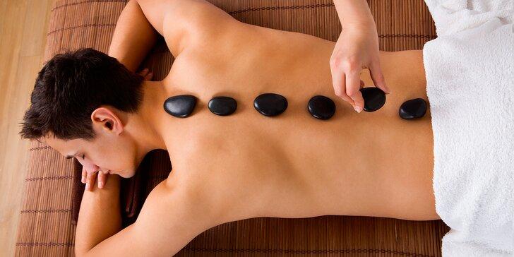 Výběr z masáží: Švédská, čokoládová nebo lávovými kameny