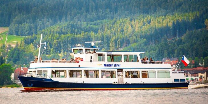 Lipno z paluby výletní lodi: 2 hodinová denní okružní plavba