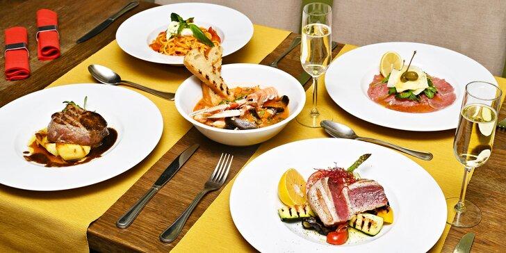 Degustační menu pro 2 osoby: rybí polévka nebo carpaccio, steak z tuňáka a další dobroty
