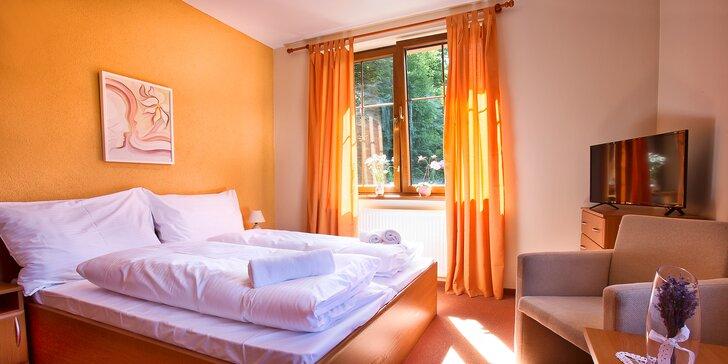 Relaxační pobyt v Trenčianských Teplicích: snídaně, privátní wellness i masáž