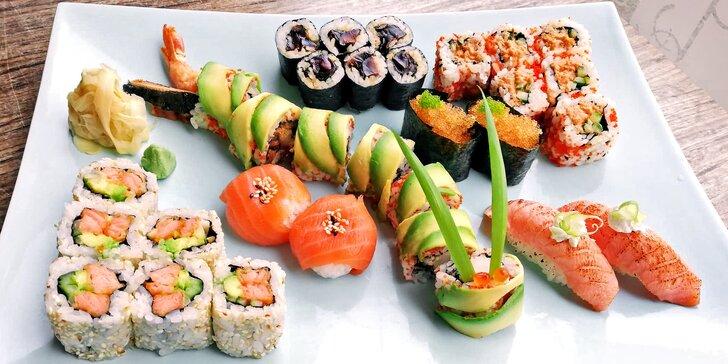 Od sushimistrů na váš stůl: sushi sety s tradičními i originálními rolkami