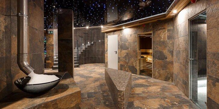 Polské Krkonoše pro pár i rodinu: polopenze i parádní wellness se saunami a aquaparkem ve 4* resortu