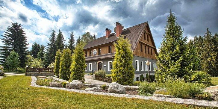Jaro, léto nebo podzim v penzionu uprostřed Jizerek: polopenze, sauna a koloběžky