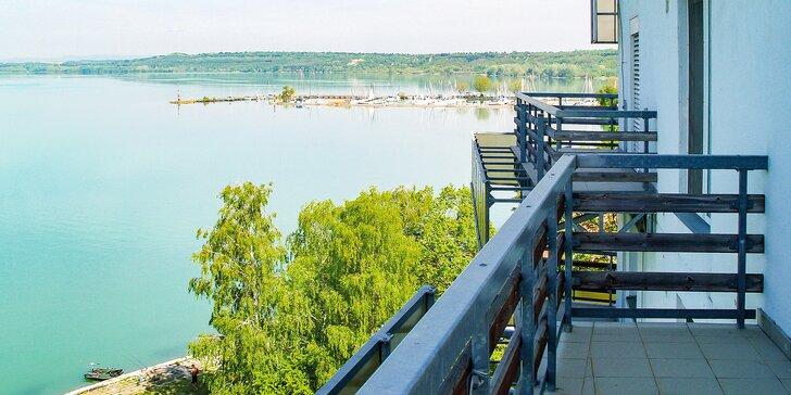 Letní či podzimní pohoda na břehu Balatonu: dovolená s neomezeným wellness, polopenzí i sportovními aktivitami