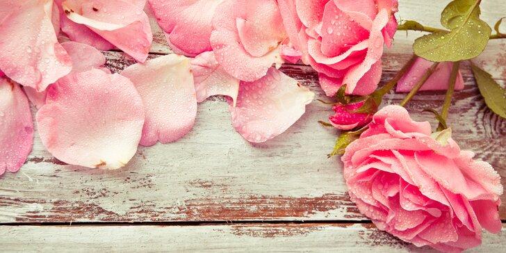 Květiny pro všechny báječné maminky: holandské růže nebo barevné tulipány