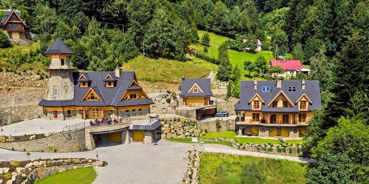 5* resort v polských Beskydech: pobyt až pro 4 osoby se snídaní, wellness a bazénem