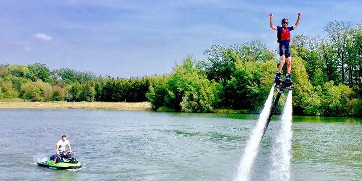 Let na flyboardu: vznášejte se nad vodou jako superhrdinové