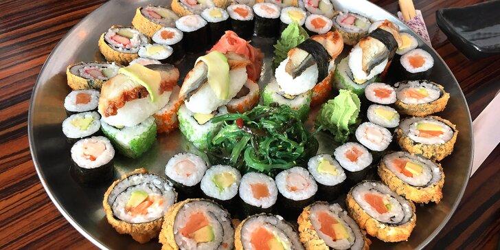 Sushi sety s 24–52 ks: rolky s lososem, tuňákem i čistě vegetariánské