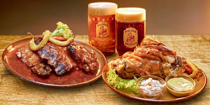 Hromada masa, domácí chléb, pivo a 3 hodiny zábavy ve středověké krčmě