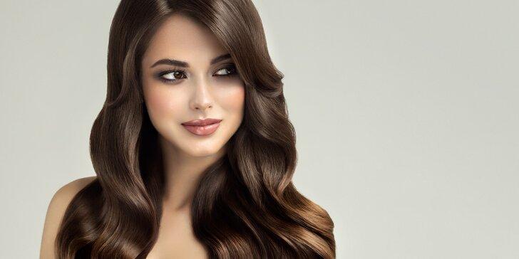 Dámský střih s foukanou, barvením nebo melírem pro všechny délky vlasů