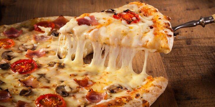 30% sleva na celé menu 4 poboček restaurace Quattro Gusti: pizza, kebab, saláty i těstoviny