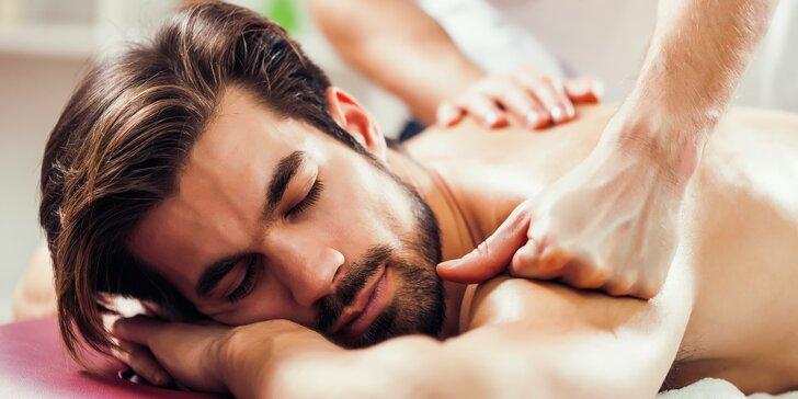 Den pro gentlemana: thajská masáž podle výběru a vychlazené pivo