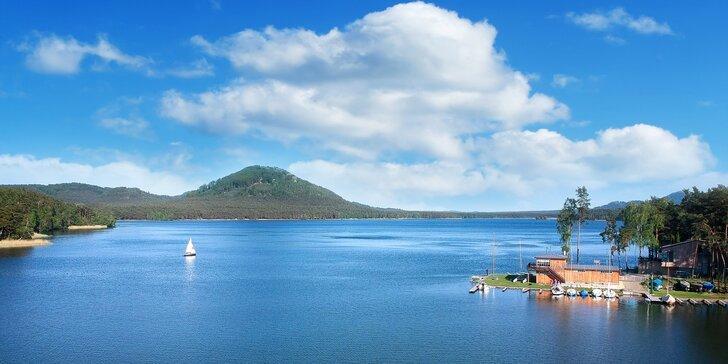 Pobyt v hotelu u Máchova jezera s polopenzí a bazénem