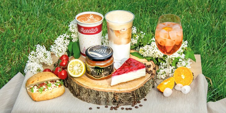 30% sleva na celý sortiment kavárny CrossCafe: sendviče, saláty, káva i dortíky
