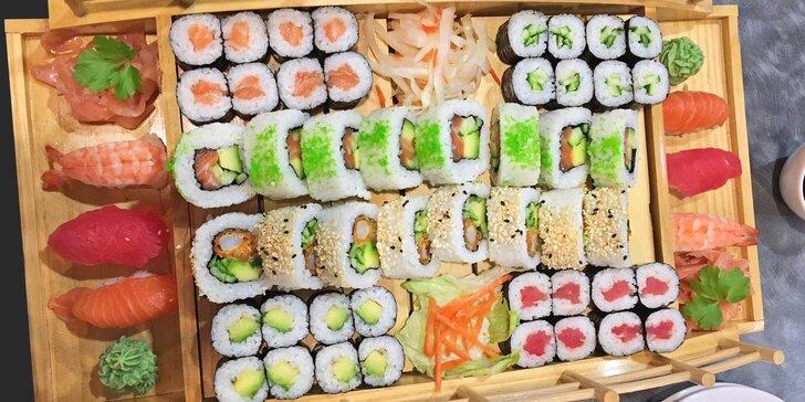 Sushi sety s 22–54 kousky: tuňák, losos, krevety a další dobroty