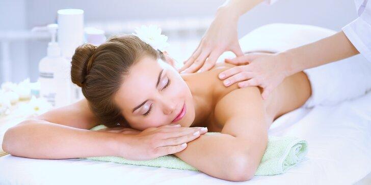 30 nebo 60minutové masáže na výběr ze 2 druhů: klasická relaxační nebo hloubková regenerační