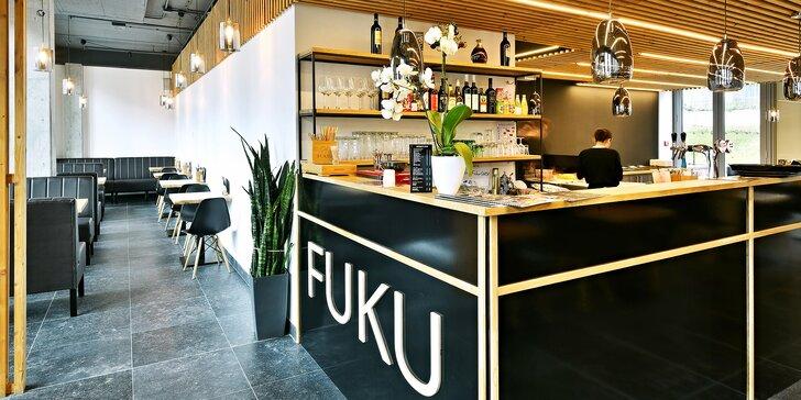 30% sleva na jídlo i nápoje v karlínské restauraci Fuku wok & sushi: saláty, tradiční polévky, nudle i sushi