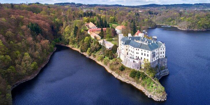 Výlet na zámek Orlík s prohlídkou a plavbou po Orlické přehradě
