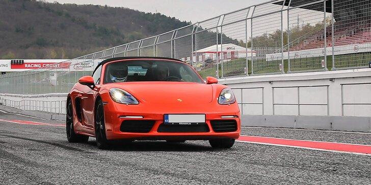 Jízda v Porsche na skutečném závodním okruhu Autodrom Most
