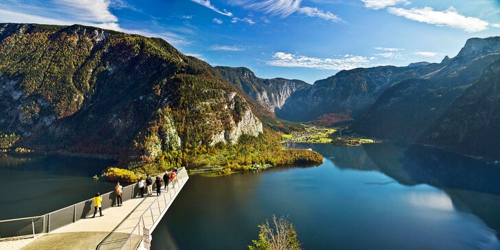 Autobusem za přírodními krásami Solné komory: plavba po Wolfgangsee, Hallstatt i solný důl
