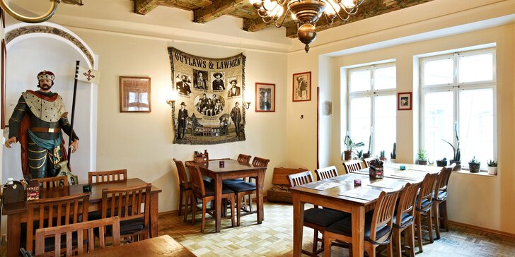 Steakové menu v centru Prahy i s vínem: rumpsteak, panenka nebo losos