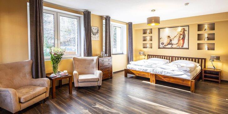Zážitkový pobyt v 4* designovém hotelu v Beskydech s privátními lázněmi