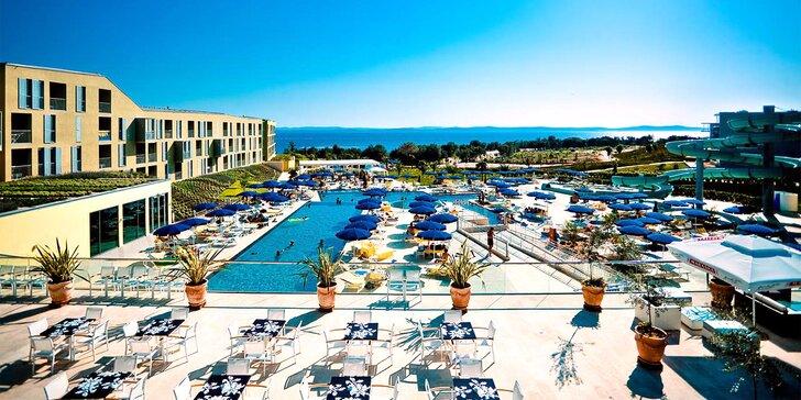 Dovolená u Zadaru pro celou rodinu. 4*+ hotel s dětským zábavním parkem