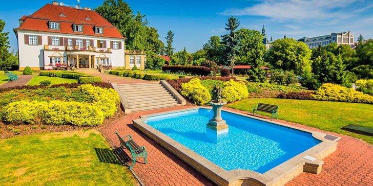 Pobyt v Broumově pro páry či rodiny: snídaně nebo polopenze, bazén a vířivka i saunový svět