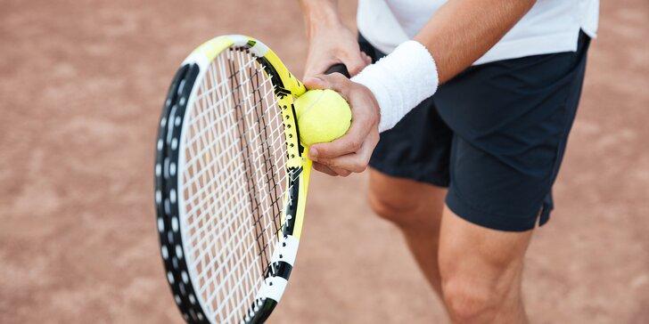 Ukažte svůj forhend: 2 hod. dopoledního pronájmu venkovního tenisového kurtu