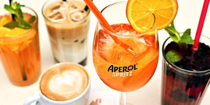 Dejte si drink v centru Prahy: aperol, limonáda, cappuccino i ledové latté