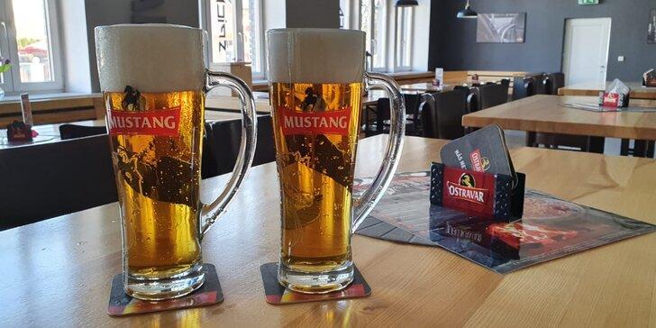 Uhaste žízeň: 2 velká piva Mustang z pivovaru Ostravar