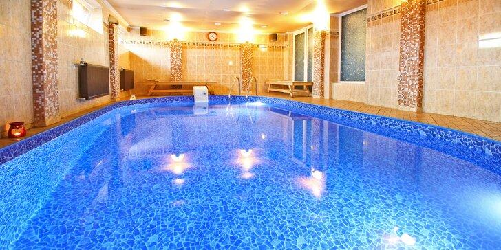 Privátní relaxace pro páry i party: vířivka nebo bazén a sauna