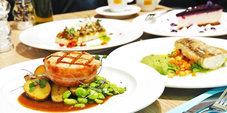 3chodové menu pro 1 nebo 2 osoby: bruschetta s lilkem, filet z candáta, vepřový steak i cheesecake