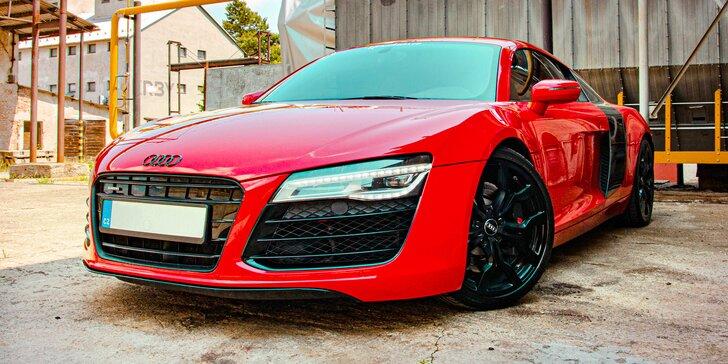 Šlápněte na to: 30min. jízda v ďábelské Audi R8 v Šenově u Nového Jičína vč. paliva