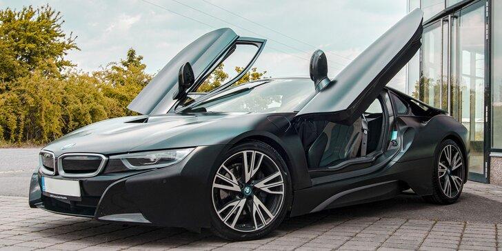 Jízda v milionovém bouráku: futuristický vůz BMW i8 Frozen Black Edition, půjčení v Šenově