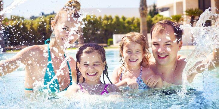 Hurá k vodě: celodenní vstup na koupaliště pro děti, dospělé i rodiny