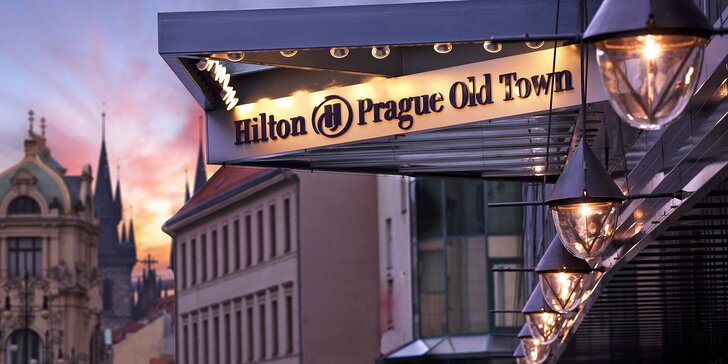 Pobyt na Starém Městě v 5* hotelu Hilton: snídaně, neomezený wellness i vstup na food market