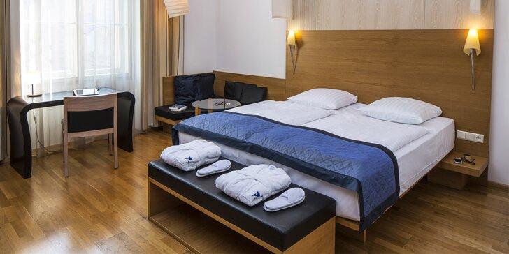 4* hotel mezi hlavním nádražím a Václavákem: prvotřídní snídaně, sauna a fitness neomezeně