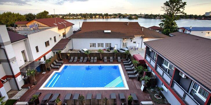 Pobyt u Slunečných jezer s bazénem, wellness i hotelovým fitness vč. stravy