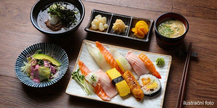 Oběd s neomezenou konzumací v Karlíně: asijská kuchyně, sushi, saláty a další dobroty