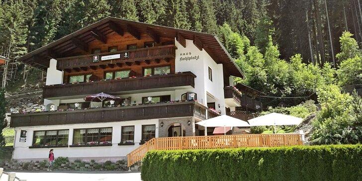 Dovolená v přírodě Tyrolských Alp: pokoj s výhledem, snídaně či polopenze a privátní wellness