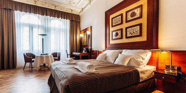 Relax v Karlových Varech: 4* hotel v centru města, snídaně i lázně