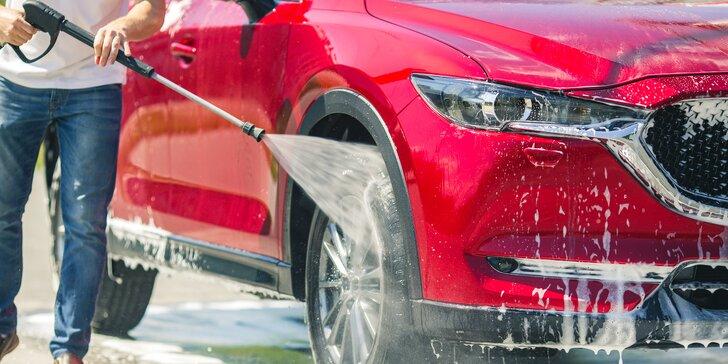 Auto jako nové: ruční mytí karoserie i s leštěním či kompletní čištění interiéru