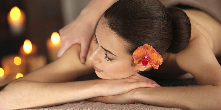 Thajská masáž zad a šíje nebo reflexní masáž nohou a chodidel: 30 nebo 60 min.